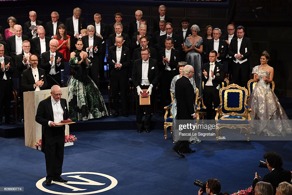 Professor Oliver Hart, laureate of the The Sveriges Riksbank Prize in Economic Sciences in Memory of Alfred Nobel acknowledges applause after he received his Nobel Prize from King Carl XVI Gustaf of Sweden during the Nobel Prize Awards Ceremony at Concert Hall on December 10, 2016 in Stockholm, Sweden.