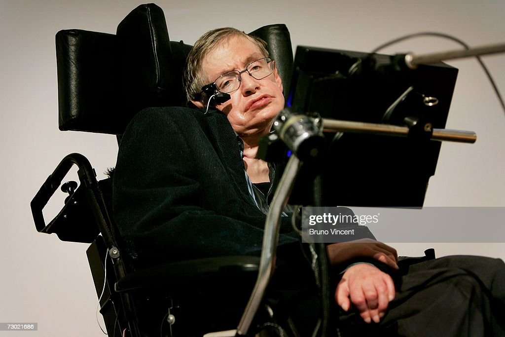 Professor <a gi-track='captionPersonalityLinkClicked' href=/galleries/search?phrase=Stephen+Hawking&family=editorial&specificpeople=215281 ng-click='$event.stopPropagation()'>Stephen Hawking</a> delivers his speech at the release of the 'Bulletin of the Atomic Scientists' on January 17, 2007 in London, Ebgland. A group of scientists assessing the dangers posed to civilisation have moved the Doomsday Clock forward two minutes closer to midnight as an indication and warning of the threats of nuclear war and climate change.