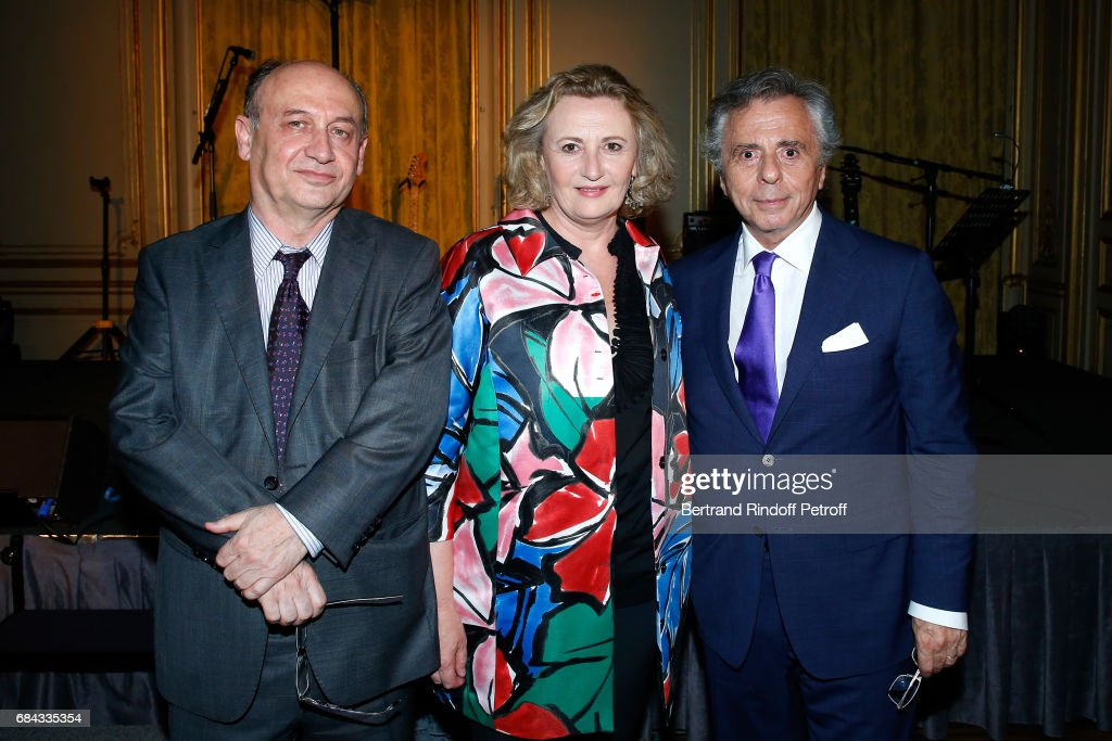 Professors Ali Thuran, Annelise Bennaceur-Griscelli and President of the 'Vaincre le Cancer' Association, Michel Oks attend the 'Vaincre Le Cancer' Gala - 30th Anniverary at Cercle de l'Union Interalliee on May 17, 2017 in Paris, France.