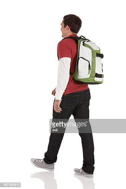 Profil von ein Mann zu Fuß