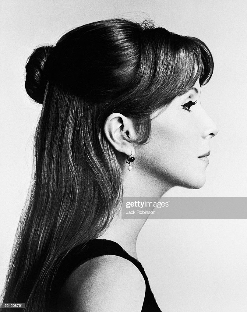 Profile portrait of American actress <a gi-track='captionPersonalityLinkClicked' href=/galleries/search?phrase=Julie+Harris+-+Actress&family=editorial&specificpeople=14645339 ng-click='$event.stopPropagation()'>Julie Harris</a> (1925 - 2013), New York, New York, July 1966.