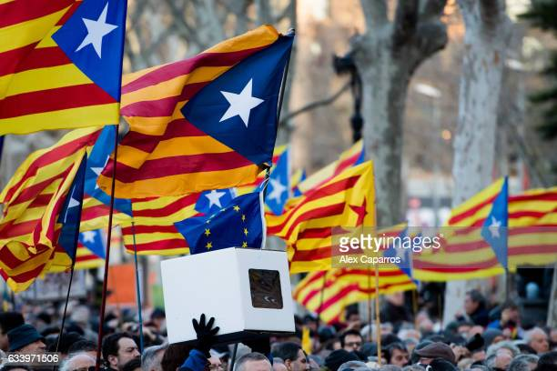 Proindependence of Catalonia demonstrators wait for Former Education Minister Irene Rigau former Catalan President Artur Mas and former Vicepresident...