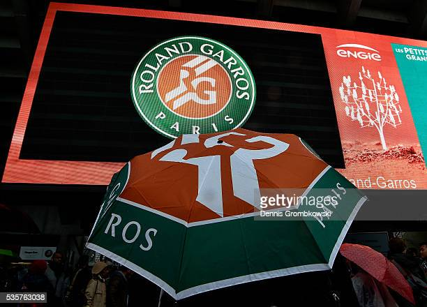 Prolonged heavy rain prevents play from starting on day nine of the 2016 at Roland Garros on May 30 2016 in Paris France