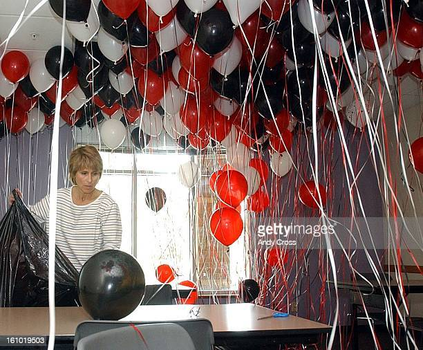 PROM4/20/02Suzy McKee parent volunteer collects ballons to help set up for an after prom party that was held at the Golden Recreation Center Saturday...
