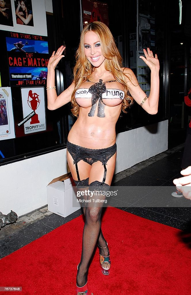 Promotional girl Tabitha Taylor arrives at the Financially Hung's Black Card Launch Party at the Vice nightclub on September 13, 2007 in Los Angeles, California.