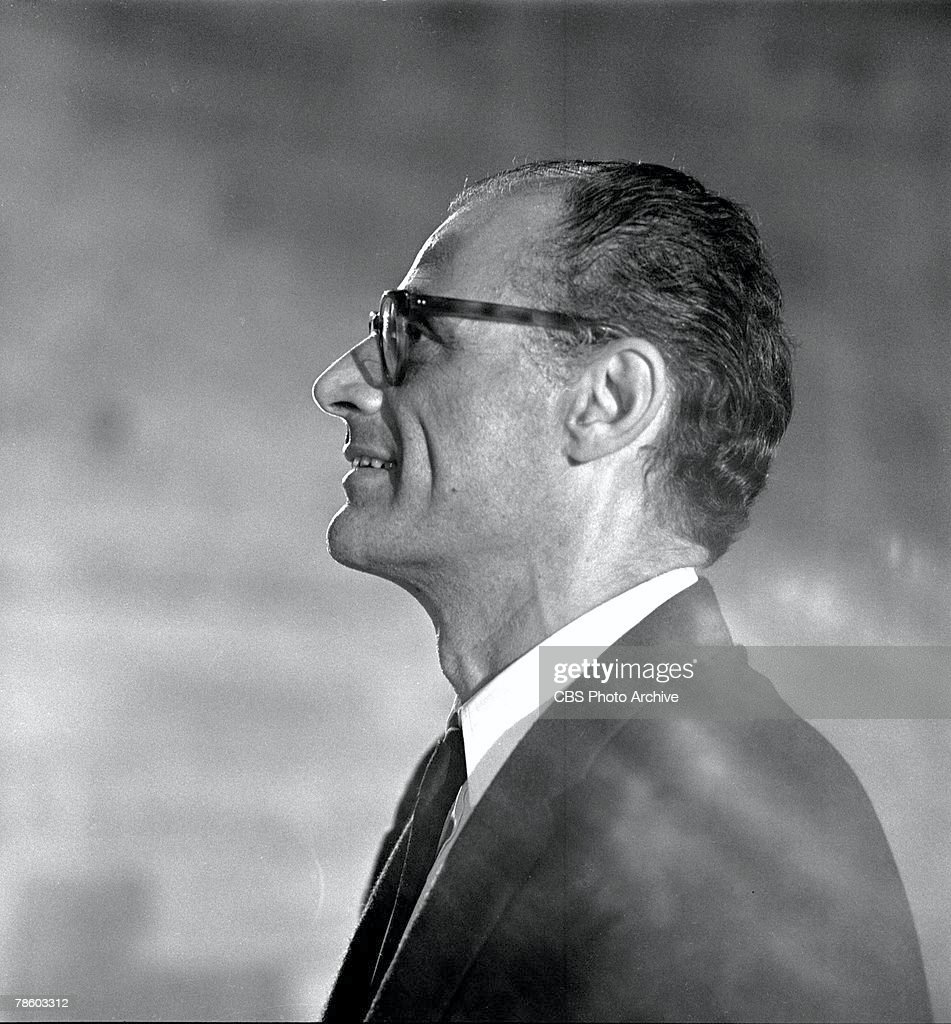 arthur miller american playwright essayist Arthur asher miller (october 17, 1915 – february 10, 2005) was an american playwright, essayist, and figure in twentieth-century american theater among his.