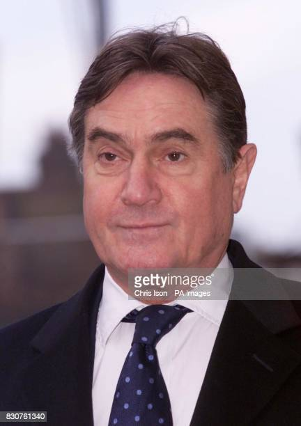 Prosecuting barrister Timothy Langdale QC arrives at Lewes Crown Court in East Sussex today Tuesday 20th November 2001 for the trial of Roy Whiting...