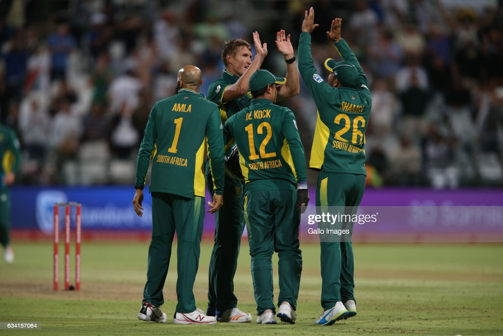 Proteas celebrates during the 4th ODI between South Africa and Sri Lanka at PPC Newlands on February 07, 2017 in Cape Town, South Africa.