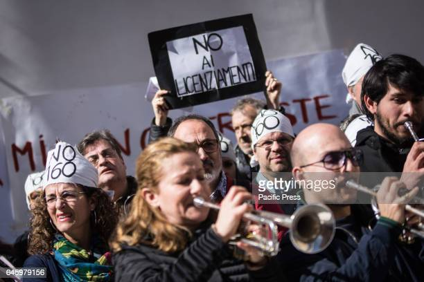 Protest in music at Montecitorio Taking to the streets with Lyrical symphonic Foundation workers Garrison music fights for the repeal of article 24...