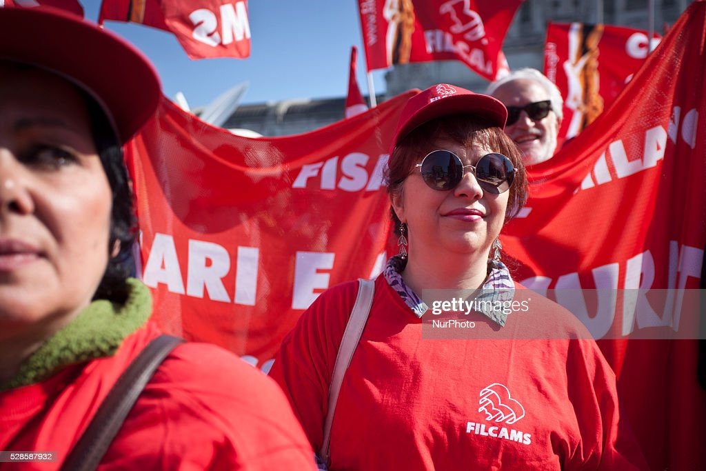 Protesters during the general Strike organised by the main trade unions confederation in Milan on May 06th , 2016.
