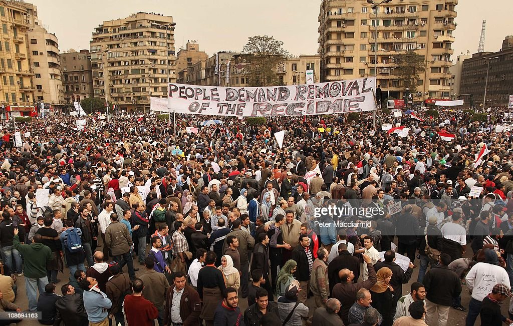 Protestors gather in Tahrir Square on February 1, 2011 in Cairo, Egypt. Protests in Egypt continued with the largest gathering yet, with many tens of thousands assembling in central Cairo, demanding the ouster of Egyptian President Hosni Mabarak. The Egyptian army has said it will not fire on protestors as they gather in large numbers in central Cairo.