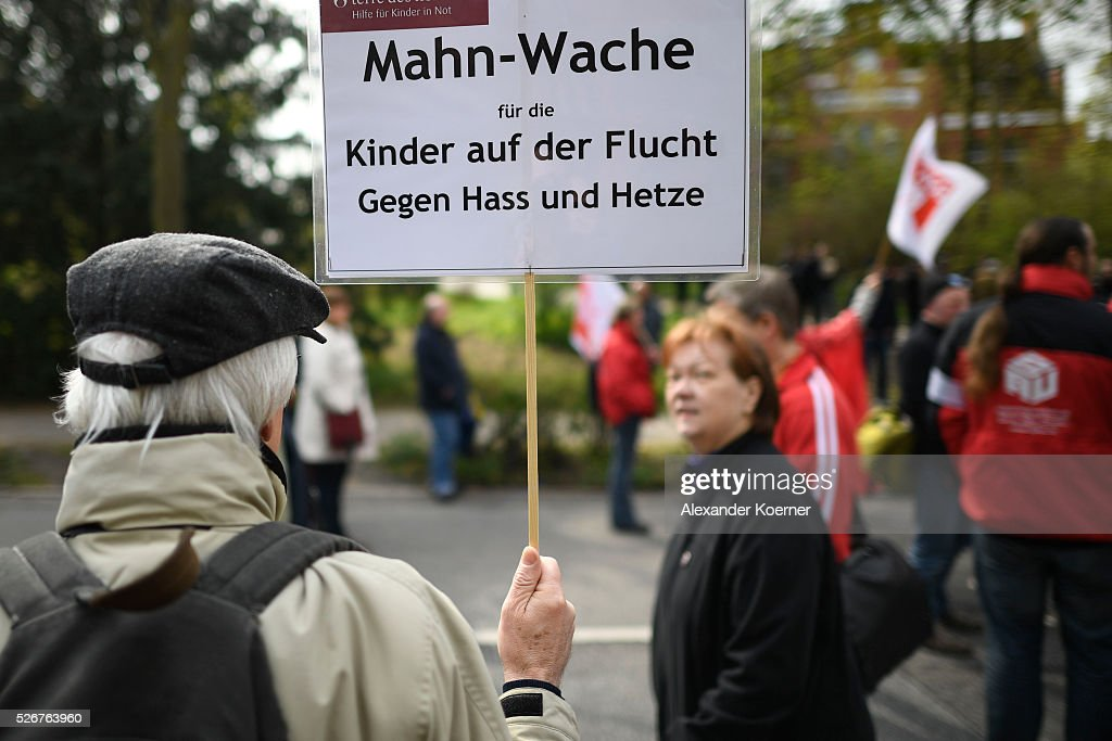 Protestors prepare to participate in the German Confederation of Trade Unions (DGB - Deutscher Gewerkschaftsbund) march on May Day on May 1, 2016 in Hamburg, Germany. Tens of thousands of people across Germany are expected to participate in marches and gatherings by labor unions.