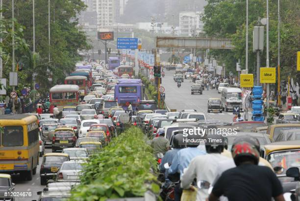 Protests and Demonstrations Mumbai Traffic Jam Traffic Jam at Poonam Chambers due Rasta Roko by Students of New Era School at Peddar Road in Mumbai...