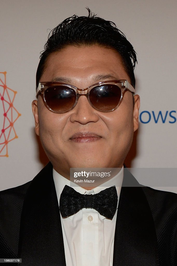 Psy (L) attends the MTV EMA's 2012 at Festhalle Frankfurt on November 11, 2012 in Frankfurt am Main, Germany.
