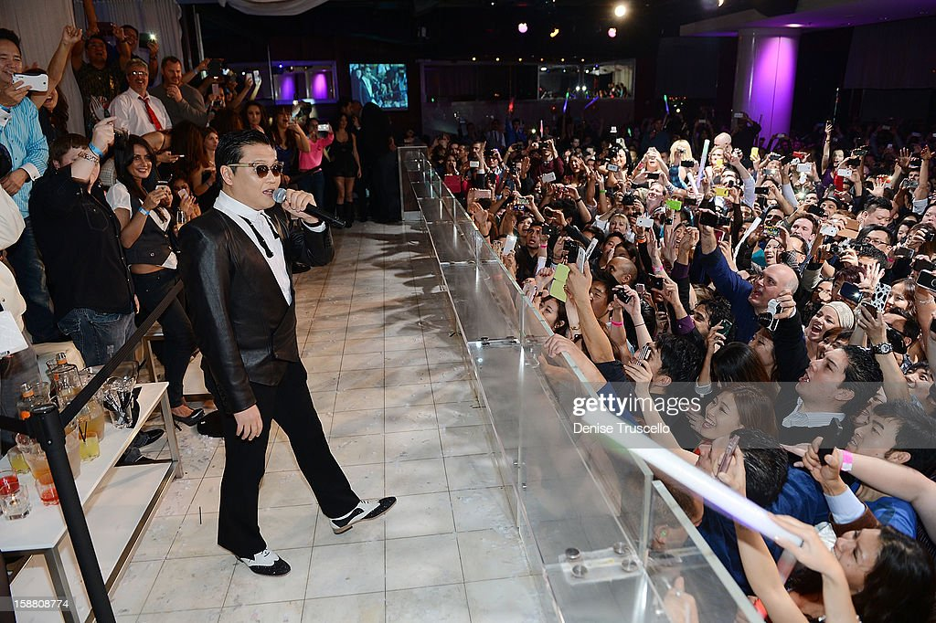 Psy kicks off New Year's Eve 'Gangnam Style' with a performance at PURE Nightclub on December 29, 2012 in Las Vegas, Nevada.Ê