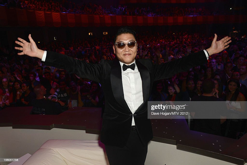 Psy poses in the VIP Glamour area at the MTV EMA's 2012 at Festhalle Frankfurt on November 11, 2012 in Frankfurt am Main, Germany.