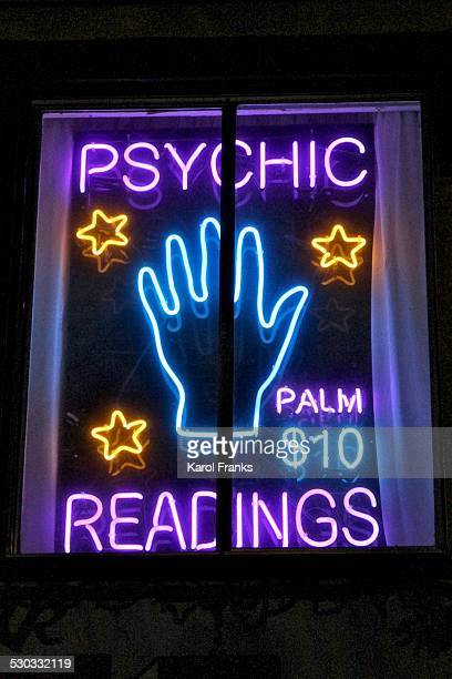 Psychic Palm Readings