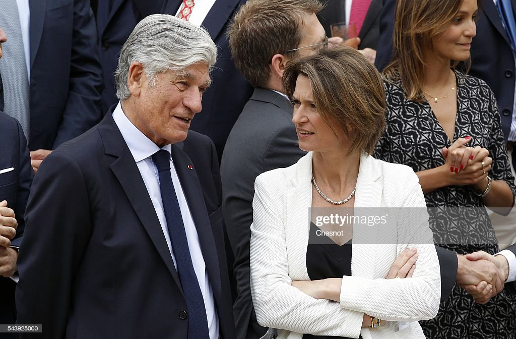 Publicis Group Directory Board Chairman <a gi-track='captionPersonalityLinkClicked' href=/galleries/search?phrase=Maurice+Levy&family=editorial&specificpeople=588854 ng-click='$event.stopPropagation()'>Maurice Levy</a> speaks with Engie CEO Isabelle Kocher during a family photo at the Elysee Presidential Palace before the Viva Technology show on June 30, 2016 in Paris, France. Viva Technology Startup Connect, the new international event brings together 5,000 startups with top investors, companies to grow businesses and all players in the digital transformation who shape the future of the internet.