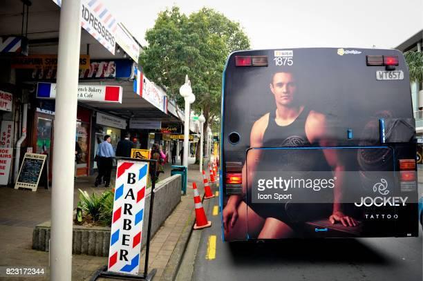 Publicite Dan CARTER pour Jockey Tatoo sur un Bus dans Takapuna Ambiance Coupe du Monde de Rugby 2011