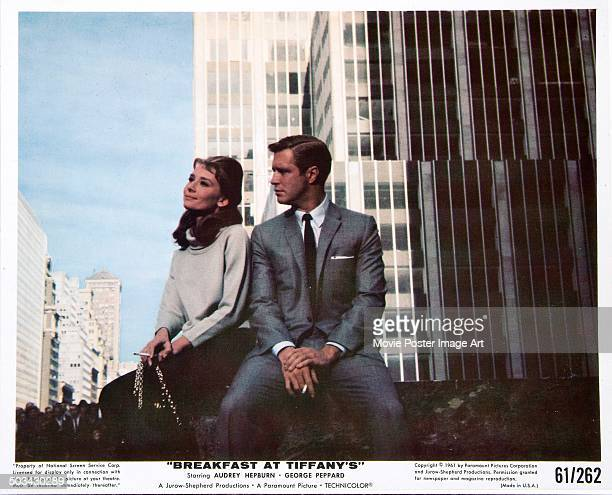 A publicity still for Blake Edwards' 1961 romantic comedy 'Breakfast at Tiffany's' starring Audrey Hepburn and George Peppard