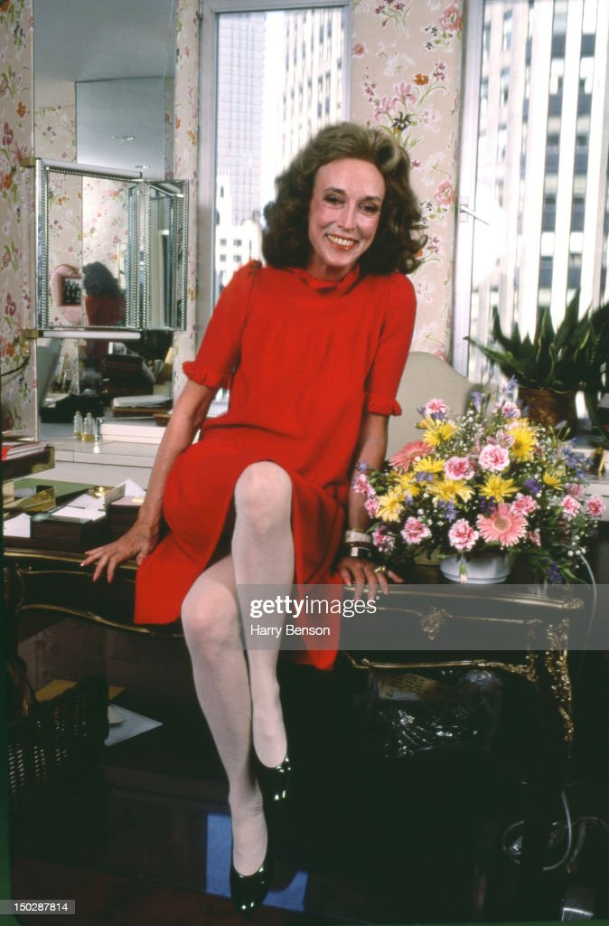 Publisher and author <a gi-track='captionPersonalityLinkClicked' href=/galleries/search?phrase=Helen+Gurley+Brown&family=editorial&specificpeople=215179 ng-click='$event.stopPropagation()'>Helen Gurley Brown</a> photographed in her Cosmopolitan office in 1982 in New York City.