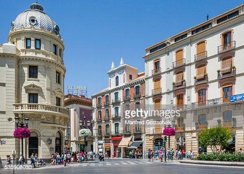 Puerta Real Square Granada : Foto de stock