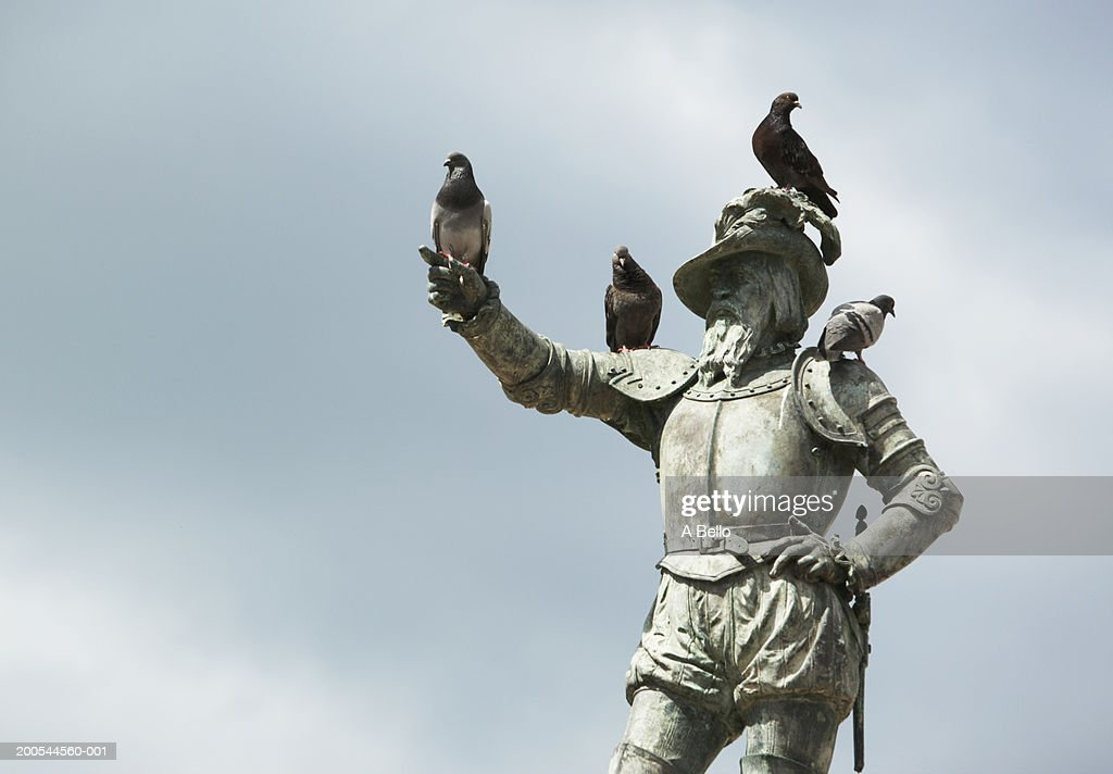 Puerto Rico, Old San Juan, statue of Juan Ponce De Leon : Stock Photo