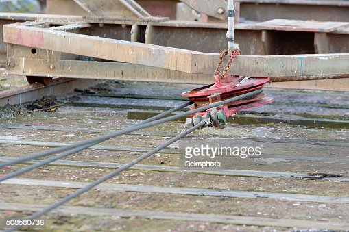 Pulley and wire : Stock Photo