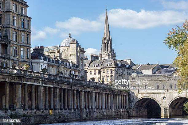 Pulteney Bridge By Buildings Against Sky In City