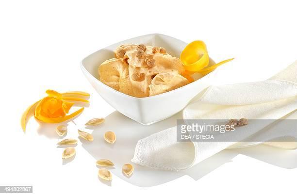 Pumpkin and amaretto ice cream
