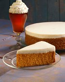 Pumpkin cheesecake with coffee