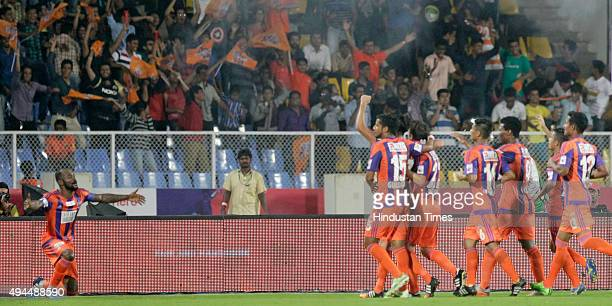 Pune City players celebrate goal against Kerala Blasters FC during a match of Hero Indian Super League 2015 at Shree Chhatrapati Shivaji Sports...