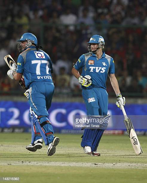 Pune Warriors batmen Jess Ryder and Steven Smith running between the wickets during IPL 5 T20 cricket match played Delhi Daredevils and Pune Warrios...