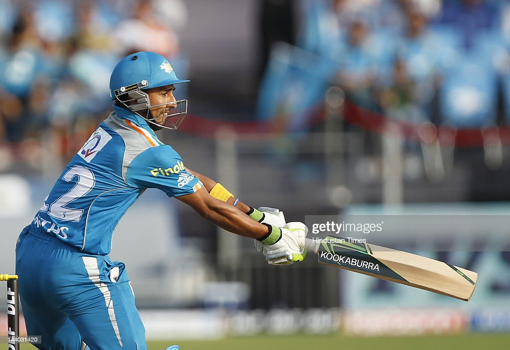 Pune Warriors batsman Mithun Manhas plays a shot during the IPL 5 T20 match between Pune Warriors and Rajasthan Royals at Subrata Roy Sahara Stadium on May8, 2012 in Pune, India. Chasing the target of 126 runs Rajasthan Royals win the match by wicket and 22 balls to go.