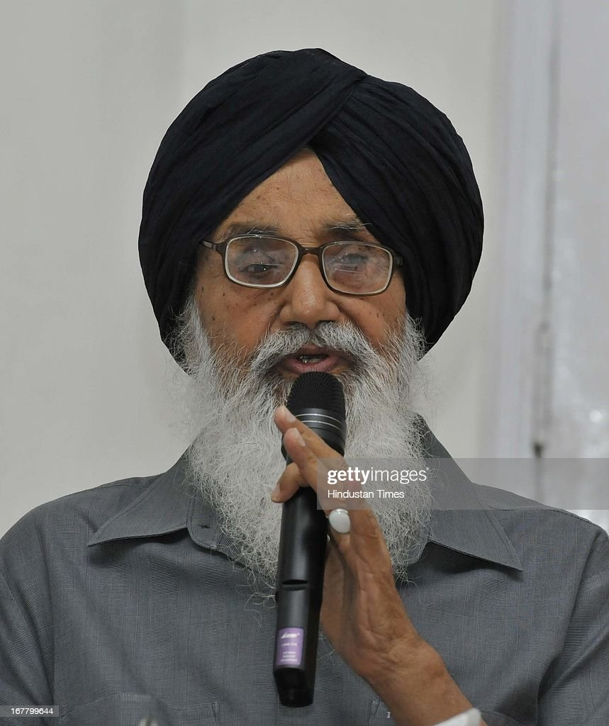 "Punjab CM Parkash Singh Badal briefing media about wealth tax that is being levied on agricultural land, ""Which can be a serious conflagration of social disorder, anarchy and economic crisis in the country"" and acquittal of Sajjan Kumar in the 1984 riots case during a press conference at the Kaputhala House on April 30, 2013 in New Delhi, India."