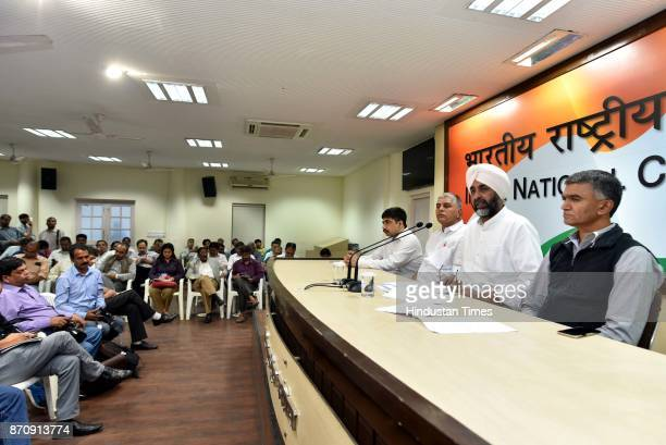 Punjab Finance Minister Manpreet Singh Badal addressing a press conference on GST at AICC on November 6 2017 in New Delhi India During a press...