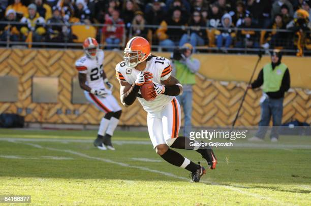 Punt returner/kick returner Joshua Cribbs of the Cleveland Browns runs with the football during a game against the Pittsburgh Steelers at Heinz Field...