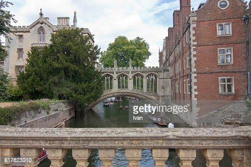 Punting on River Cam with The Bridge of Sighs, St John's College, Cambridge, Cambridgeshire, England, UK
