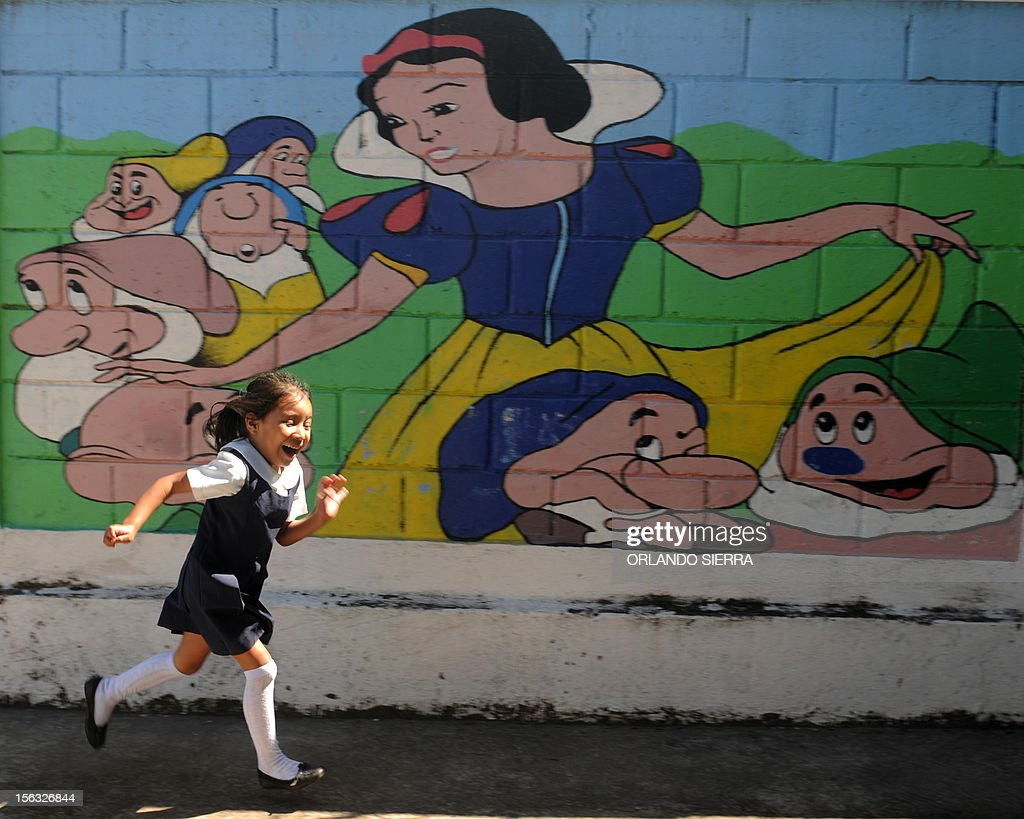 A pupil plays at a nursery school in Tegucigalpa on November 13, 2012. AFP PHOTO/Orlando SIERRA