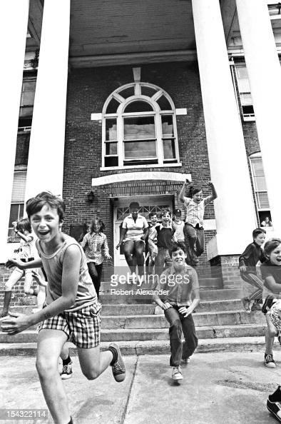 Pupils celebrate the last day of school at William King Elementary in the Appalachian town of Abingdon in Southwest Virginia 5104602RA_Appalachia55jpg