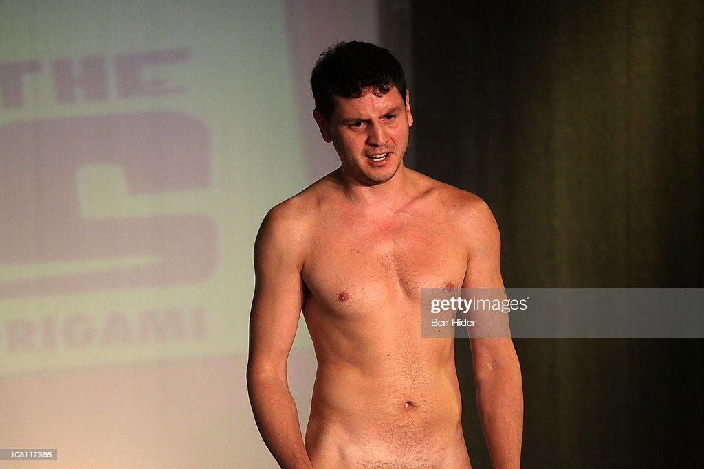 penis show