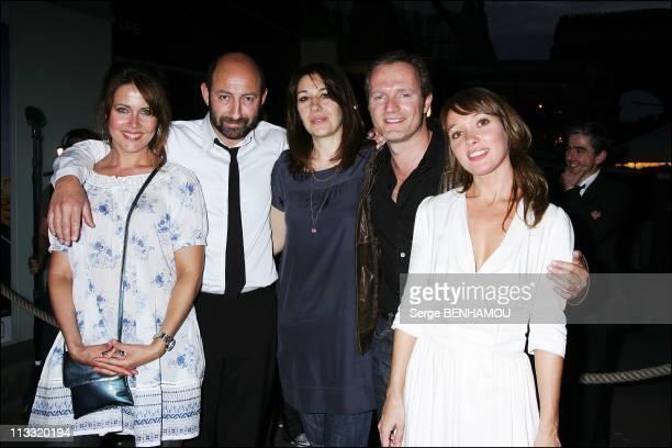 'Pur WeekEnd' Premiere In Paris France On April 23 2007 Alexandra Mercourof Kad Merad Valerie Benguigui Philippe Lefebvre Anne Marivin