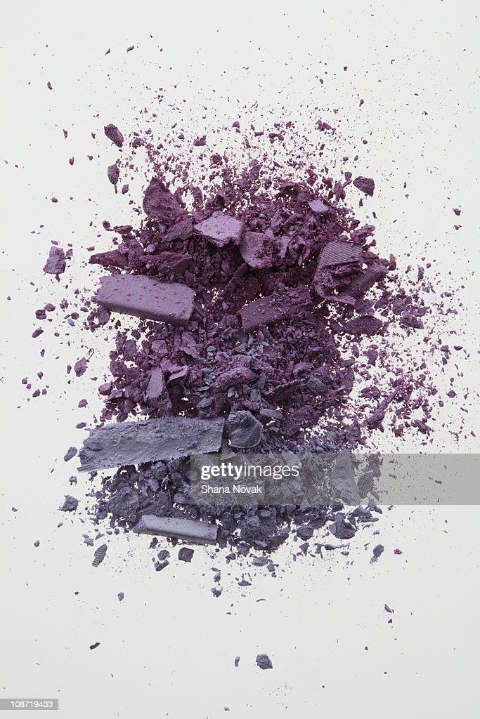 Purple Crushed Eyeshadow Pigment : Stock Photo