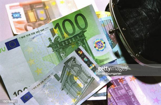 A purse with original Euro notes