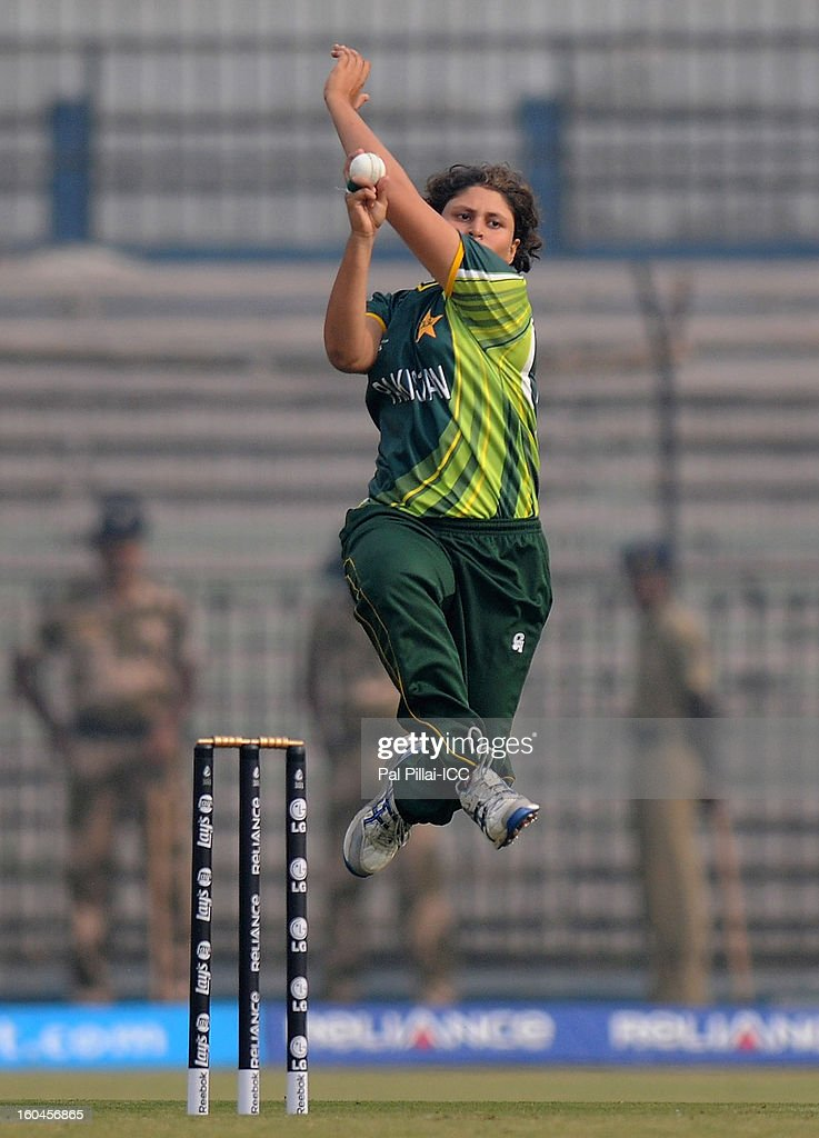 Qanita Jalil of Paksitan bowls during the second match of ICC Womens World Cup between Australia and Pakistan, played at the Barabati stadium on February 1, 2013 in Cuttack, India.