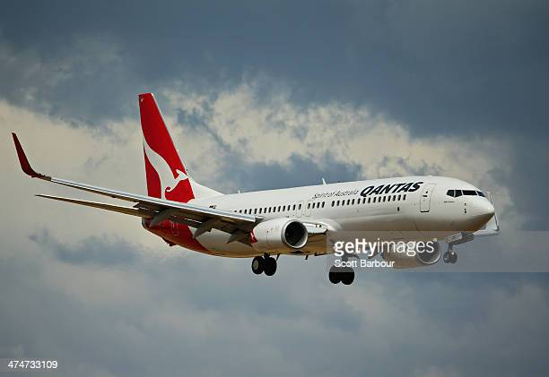 Qantas aeroplane approaches Melbourne Tullamarine Airport on February 25 2014 in Melbourne Australia On Thursday Qantas will announce their half year...