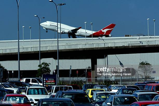 A Qantas plane leaves Sydney Airport 21 March 2006 SMH Picture by PETER MORRIS