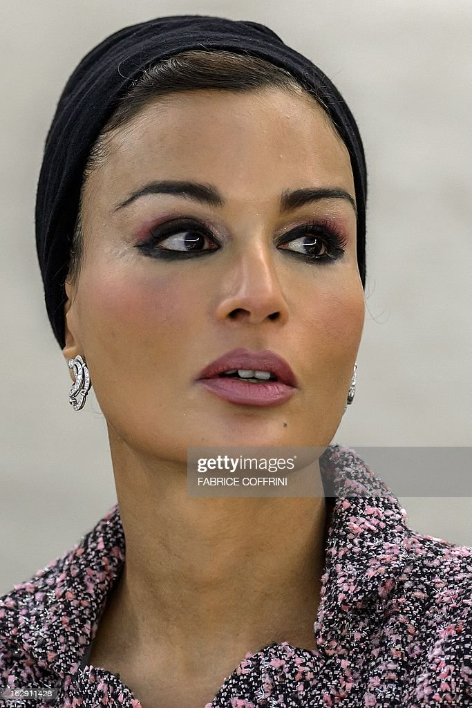 Qatar's First Lady Sheikha Mozah bint Nasser al-Missned attends a session of the United Nations Human Rights Council on March 1, 2013 in Geneva. AFP PHOTO / FABRICE COFFRINI