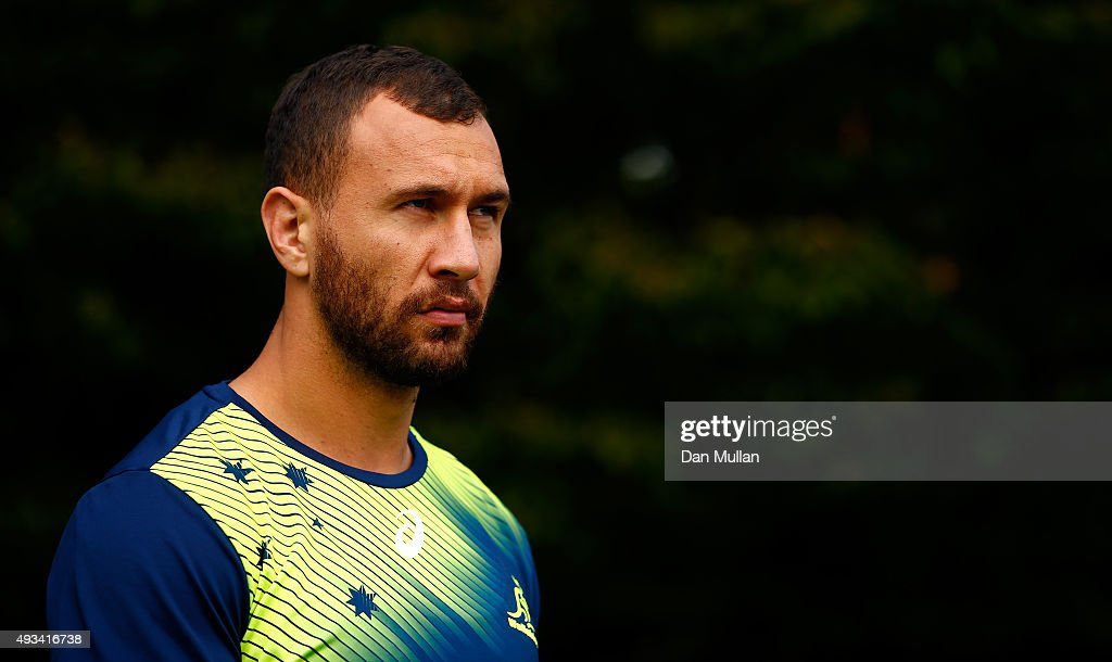 <a gi-track='captionPersonalityLinkClicked' href=/galleries/search?phrase=Quade+Cooper&family=editorial&specificpeople=4176008 ng-click='$event.stopPropagation()'>Quade Cooper</a> of Australia makes his way to the pitch during a training session at The Lensbury Hotel on October 20, 2015 in London, United Kingdom.