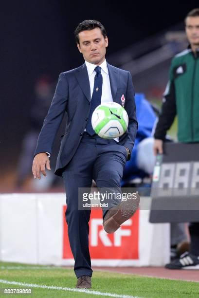 FUSSBALL INTERNATIONAL UEFA Qualifikation Grasshopper Club Zuerich AC Florenz Trainer Vincenzo Montella am Ball